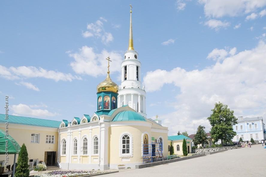 Никольская церковь в Задонске